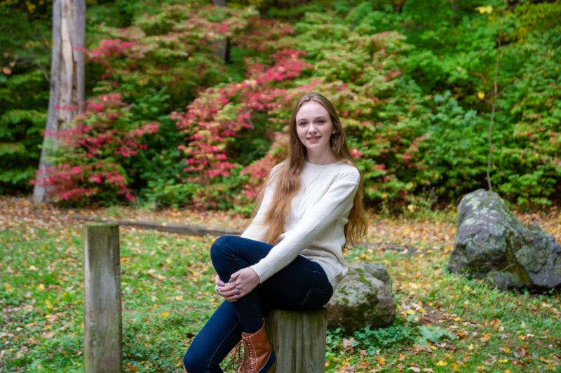 high school senior portraits  western ma