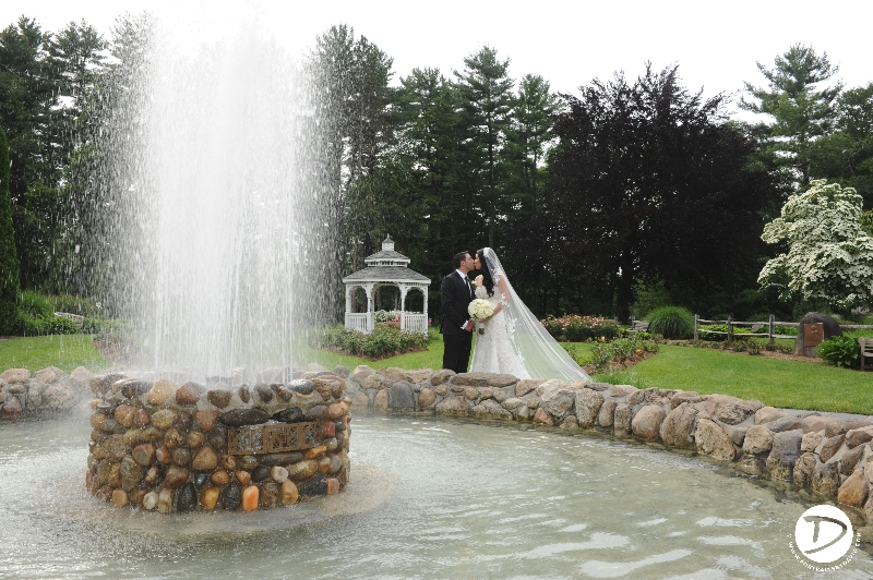Stanley Park wedding photo Westfied Ma